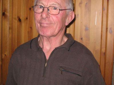Karl Jensen læste Vera Mortensens fødselsdagshilsen og fortalte om Gantrups historie